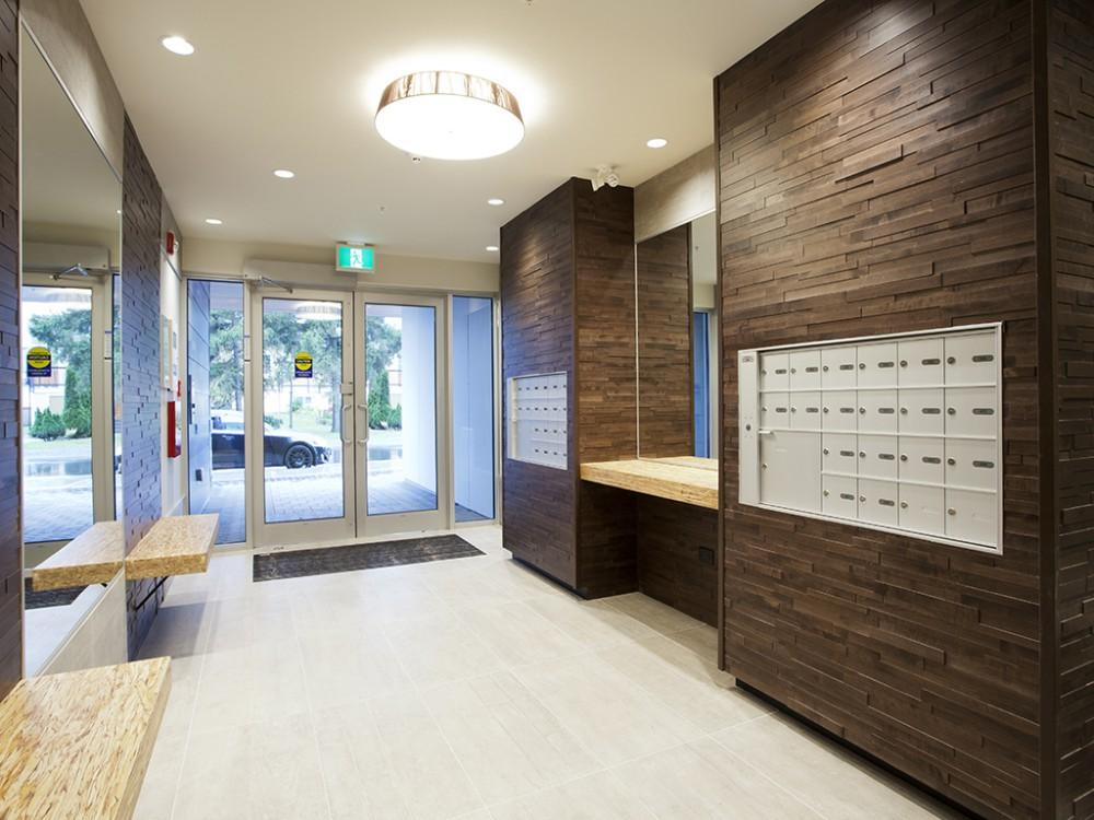 Uptown Place Island Floor Centre Ltd